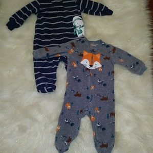 2 Baby Boy Footed Fleece Sleepers Size 6 Months